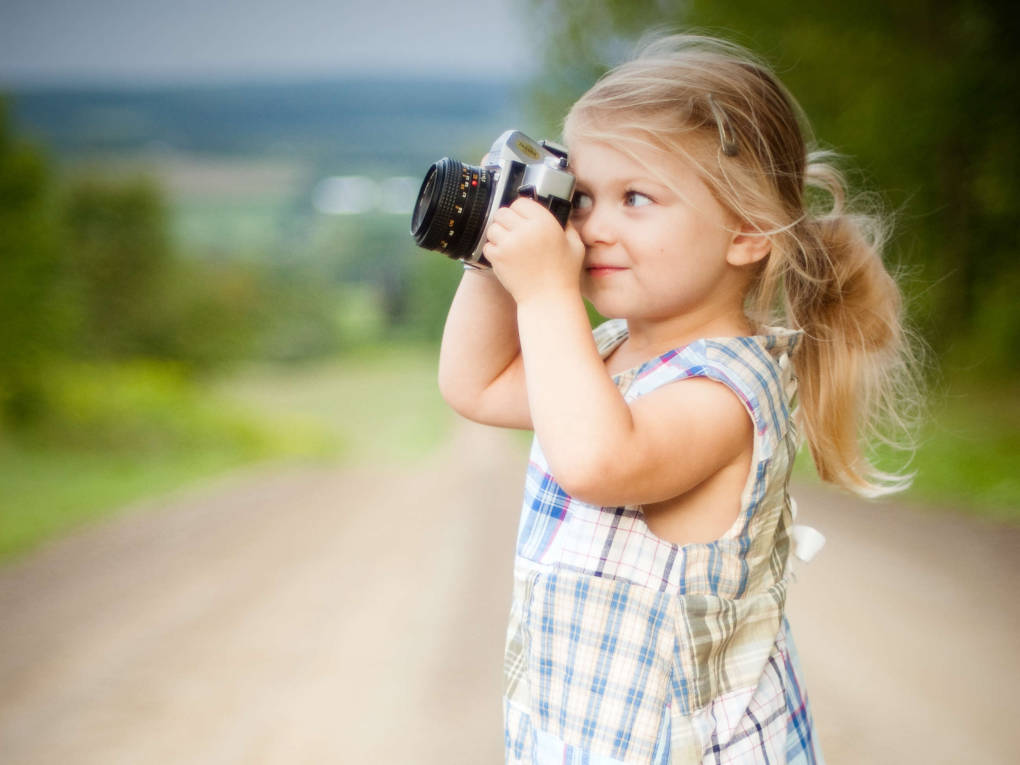 The law and photography of children by private eyes